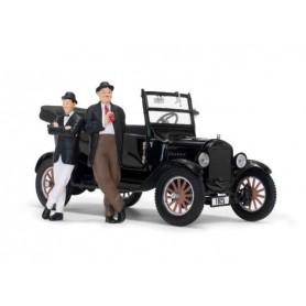 Laurel et Hardy 1925 Ford Model T 1/24 métal avec figurines