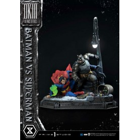 DC Comics statuette Batman Vs. Superman (The Dark Knight Returns) 110 cm